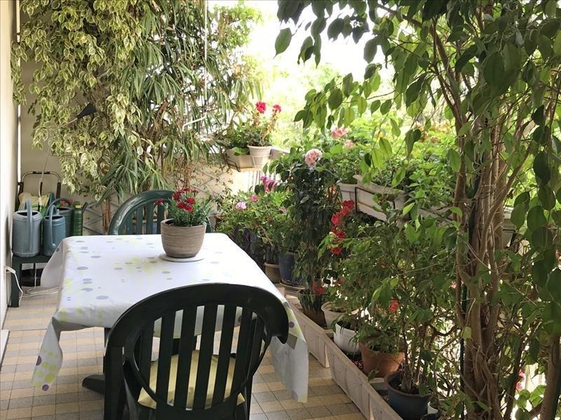 Sale apartment Toulon 234000€ - Picture 1