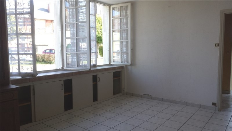 Sale house / villa Noyant d allier 74 500€ - Picture 4