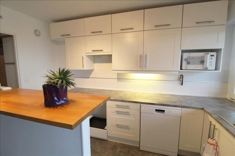 Sale apartment Elancourt 252000€ - Picture 1