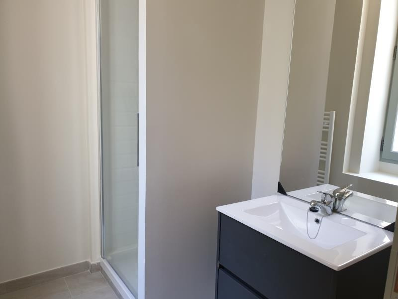 Location appartement Nimes 661€ CC - Photo 6