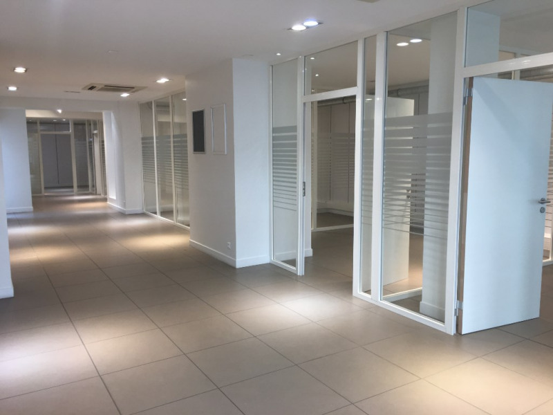 Location local commercial Saint omer 3 333€ HC - Photo 3