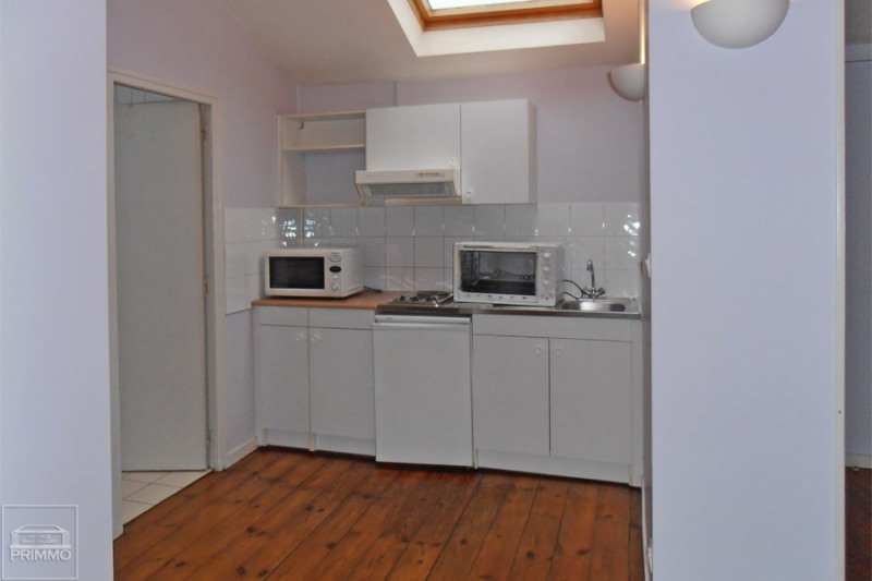 Rental apartment Civrieux d'azergues 466€ CC - Picture 2
