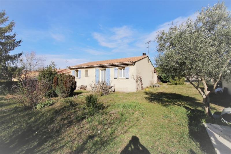 Sale house / villa Peyrolles-en-provence 315000€ - Picture 1