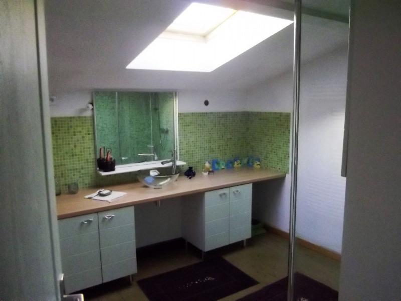 Sale house / villa Velluire 99000€ - Picture 6