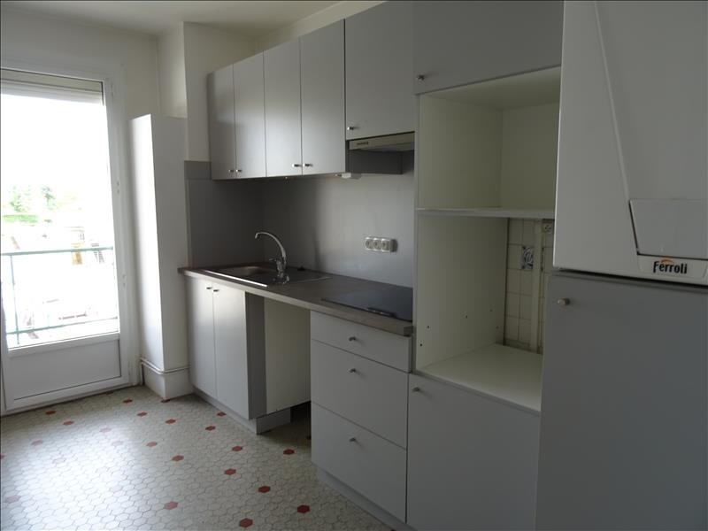 Location appartement Roanne 525€ CC - Photo 3