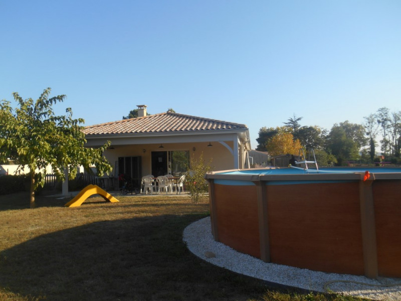 Sale house / villa Portets 309000€ - Picture 2