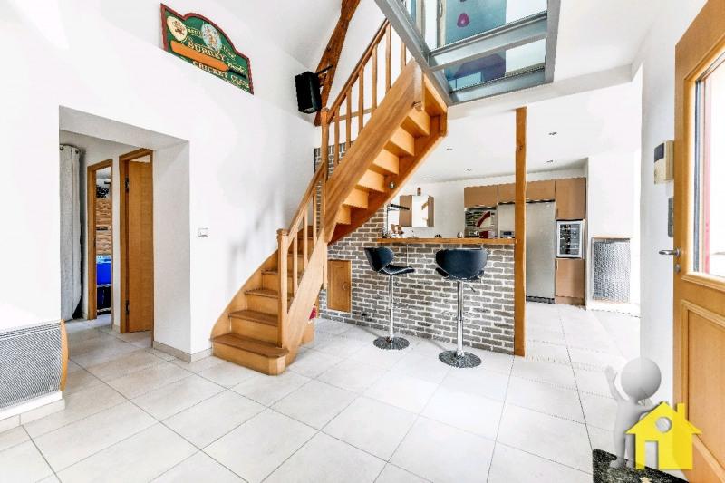 Sale house / villa Neuilly en thelle 302000€ - Picture 1
