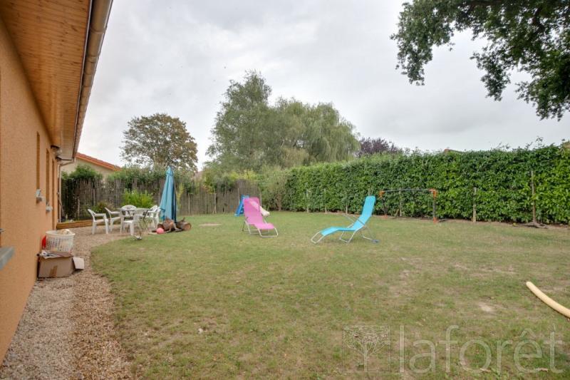 Vente maison / villa St martin le chatel 195000€ - Photo 11