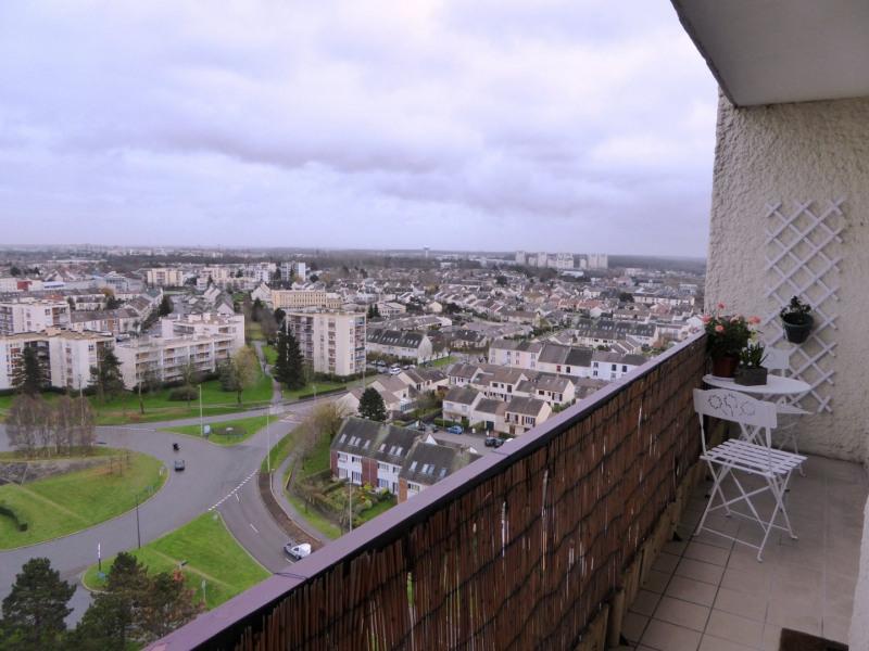 Location appartement Maurepas 877€ CC - Photo 3