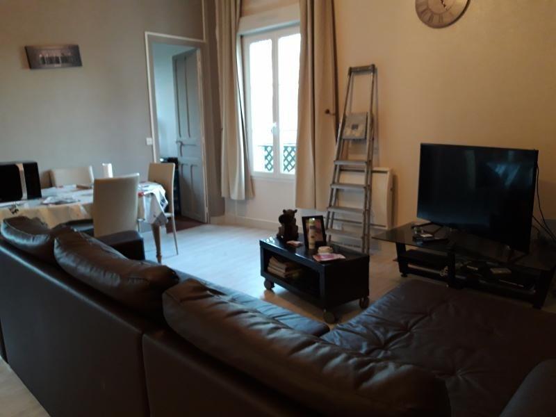 Sale apartment Auneuil 141000€ - Picture 1