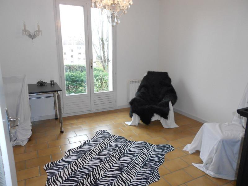 Sale house / villa Lons-le-saunier 249000€ - Picture 3