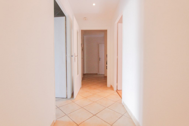 Sale apartment Chambery 165 000€ - Picture 2