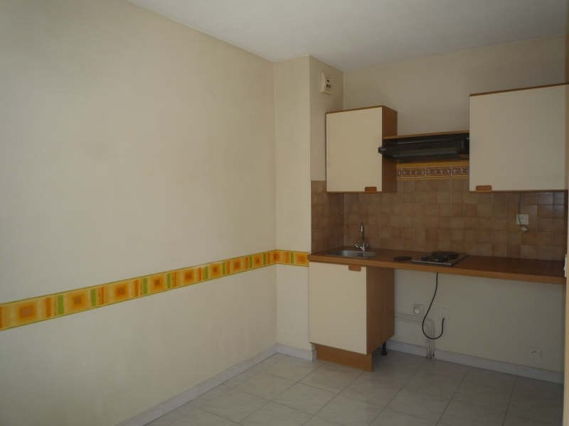 Rental apartment Aix en provence 776€ CC - Picture 4