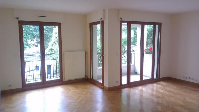 Rental apartment Paris 15ème 2850€ CC - Picture 1