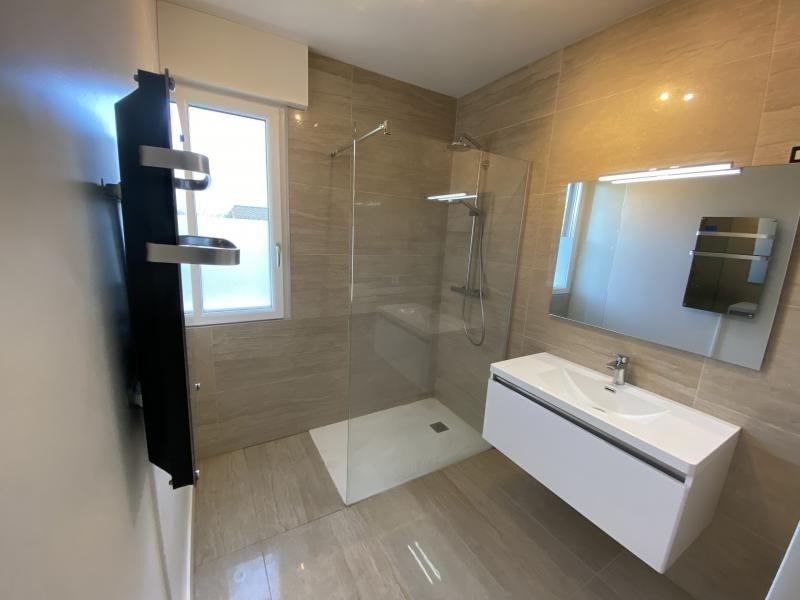 Sale house / villa Crolles 490000€ - Picture 8