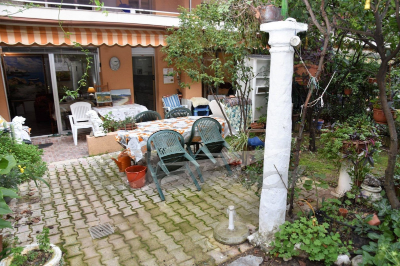 Menton - 2Pièces avec jardin et parking