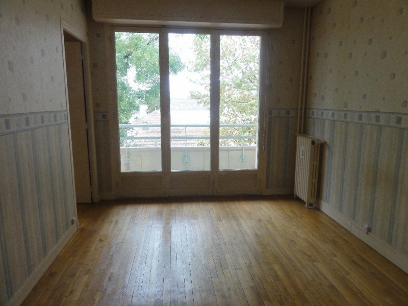 Sale apartment Chatou 313 950€ - Picture 2