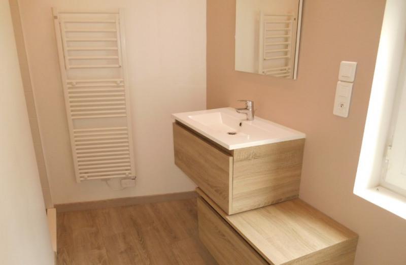 Rental house / villa Saint quentin 498€ CC - Picture 3