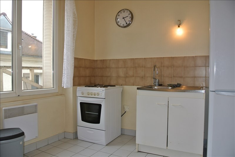 Rental apartment Chambourcy 600€ CC - Picture 2
