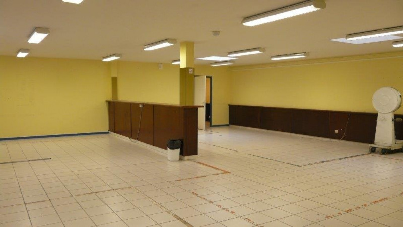 Location local commercial Castanet-tolosan 1 787€ CC - Photo 10