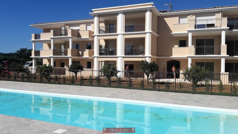 Sale apartment Bormes les mimosas 240000€ - Picture 1