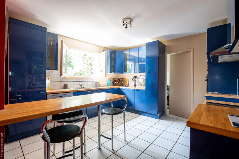 Sale house / villa Blanquefort 359000€ - Picture 3