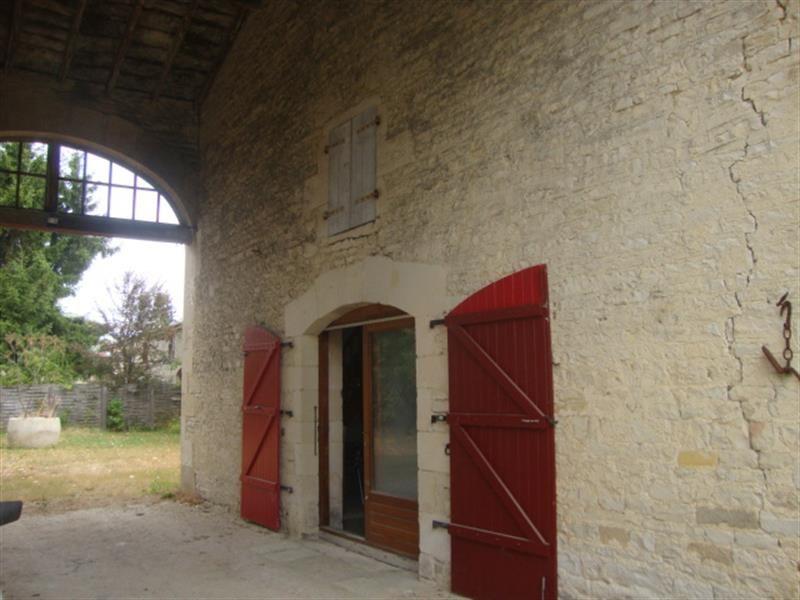 Sale house / villa Villeneuve-la-comtesse 259700€ - Picture 8