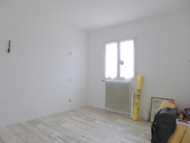 Sale house / villa Éraville 138800€ - Picture 5
