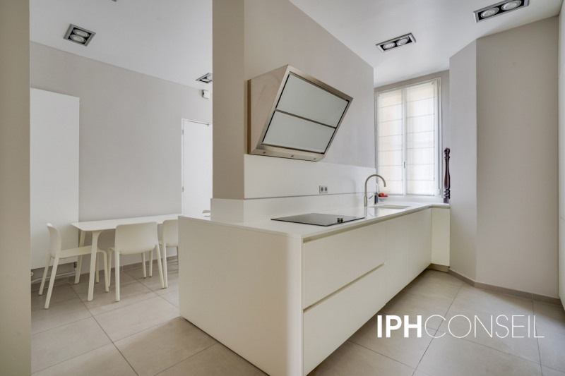 Deluxe sale apartment Neuilly-sur-seine 2200000€ - Picture 5
