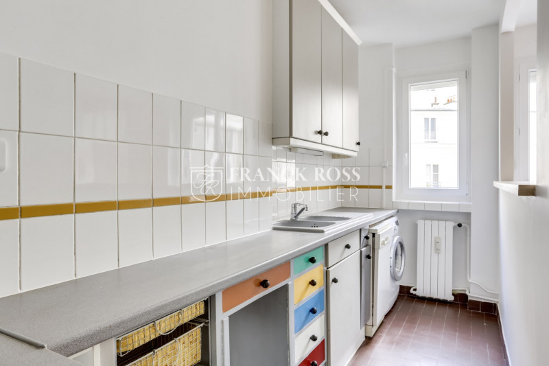Location appartement Paris 16ème 2 630€ CC - Photo 6
