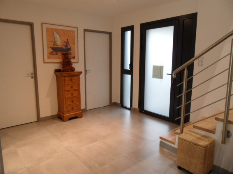 Revenda residencial de prestígio casa Ploemel 597250€ - Fotografia 3