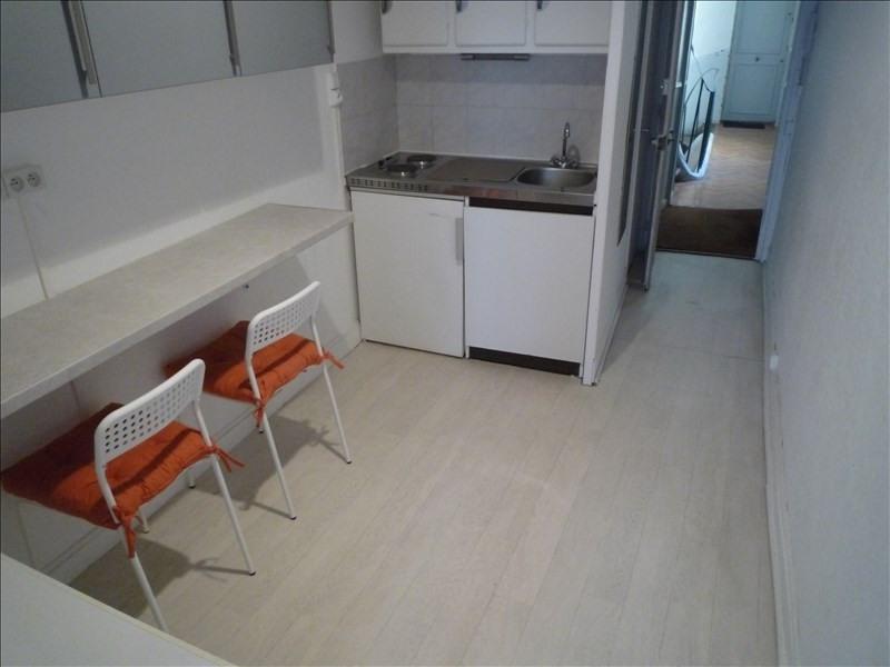 Location appartement Versailles 678€ CC - Photo 2