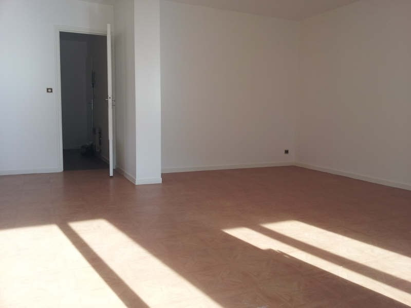 Location appartement Andresy 749€ CC - Photo 2