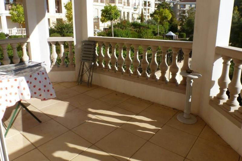 Vente appartement Hyeres 372700€ - Photo 3