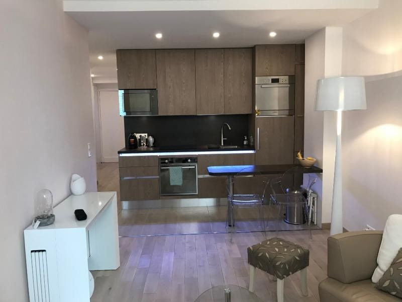 Sale apartment Paris 2ème 630 000€ - Picture 1