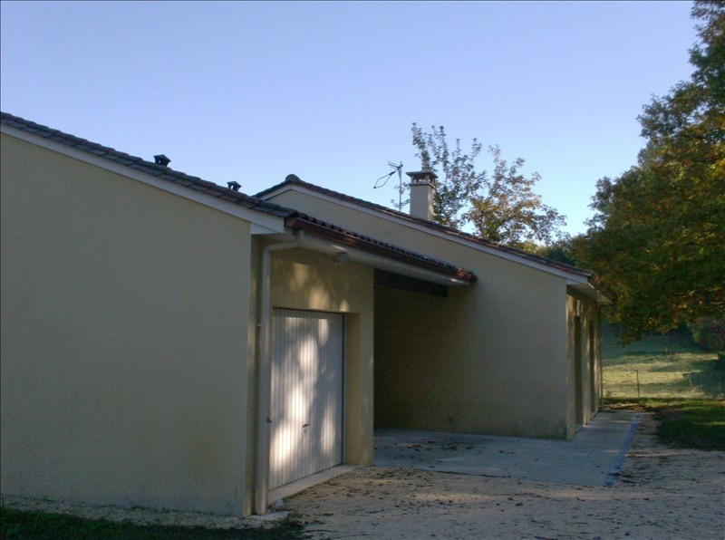 Location maison / villa Marsaneix 740€ CC - Photo 9