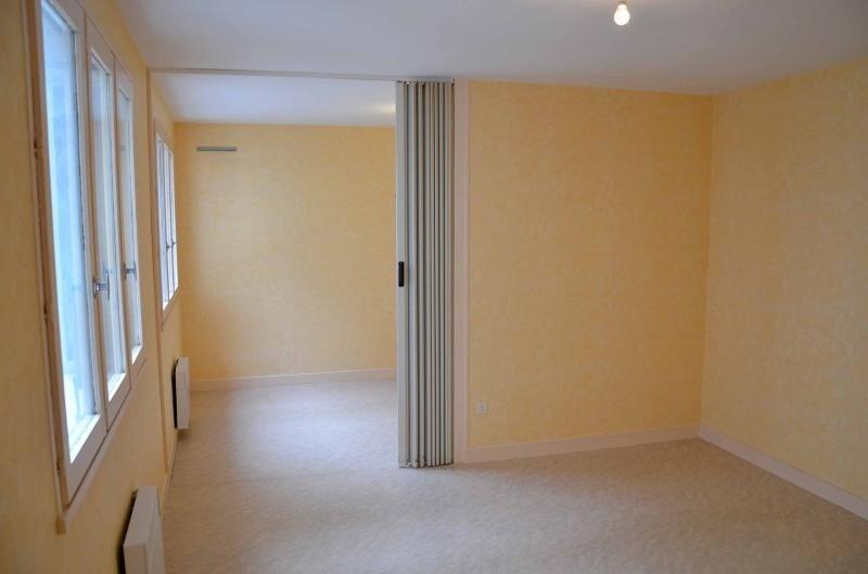 Location appartement Nantua 319€ CC - Photo 3