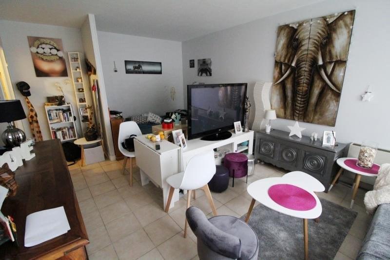 Rental apartment Elancourt 636€ CC - Picture 2