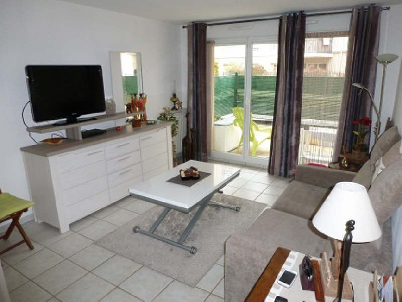 Rental apartment Elancourt 799€ CC - Picture 2