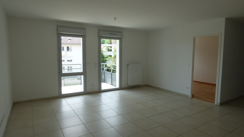 Rental apartment Gex 1 585€ CC - Picture 3