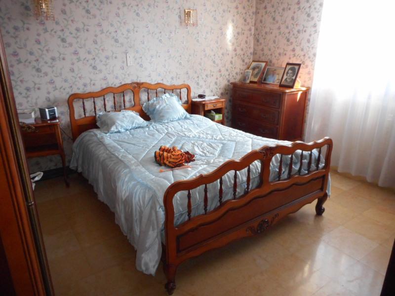 Sale apartment Lons-le-saunier 128000€ - Picture 3