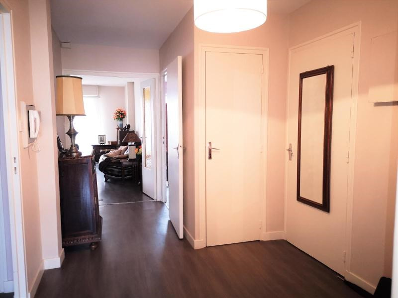 Verkoop  appartement Vichy 201400€ - Foto 4