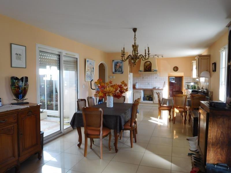 Sale house / villa St andre de cubzac 397000€ - Picture 2