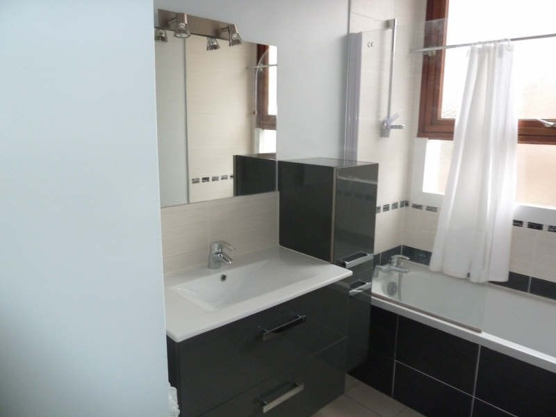 Rental apartment Andresy 895€ CC - Picture 6