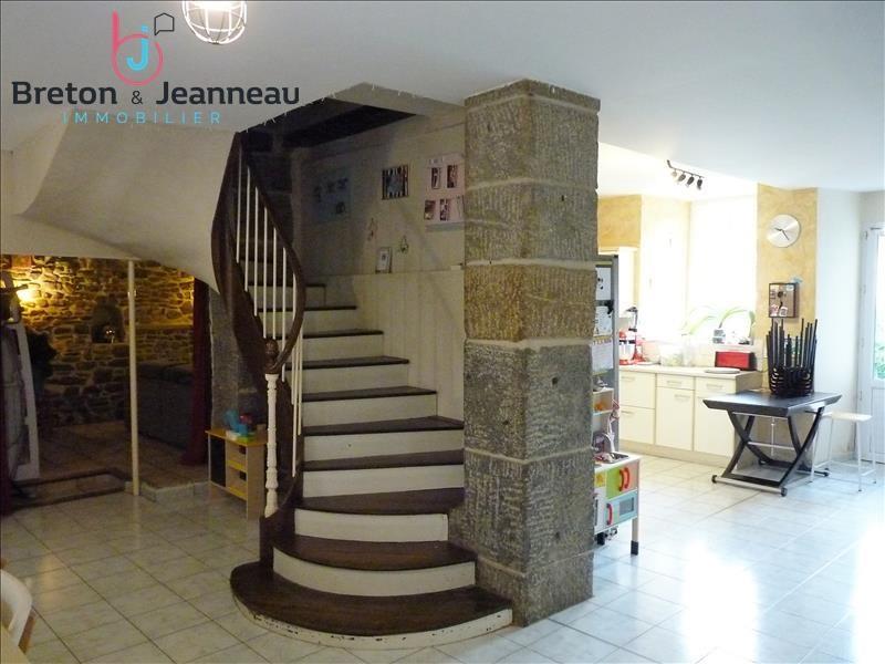 Sale house / villa Craon 156000€ - Picture 6