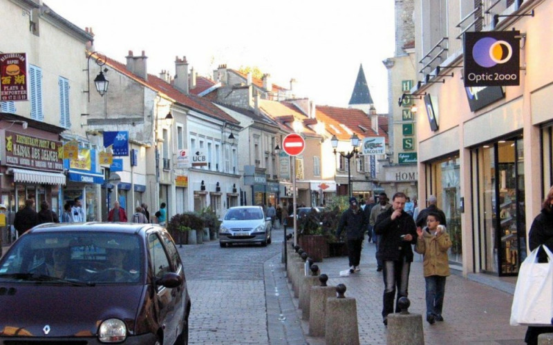 Commercial lease transfer shop Nanterre 140000€ - Picture 1