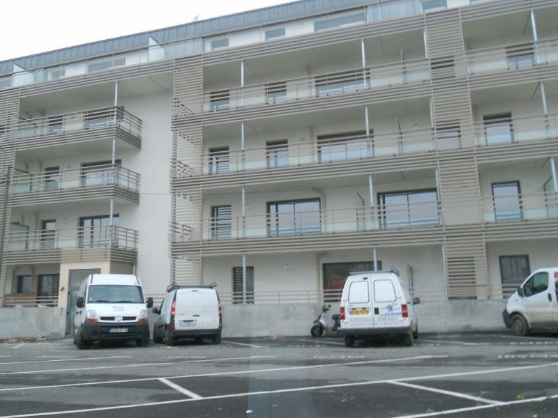 Location appartement Niort 479€ CC - Photo 1