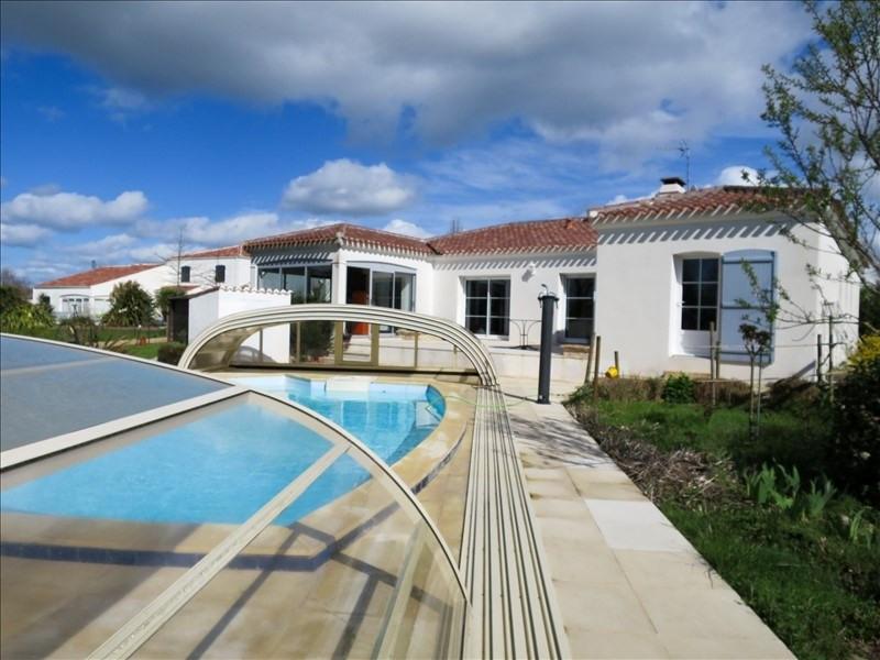 Sale house / villa Ste foy 397100€ - Picture 1