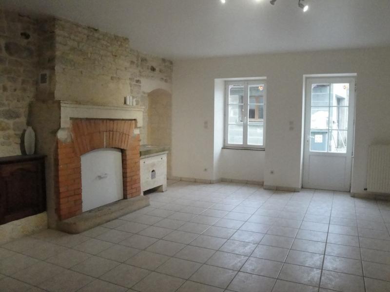 Rental house / villa Sansais 770€ CC - Picture 2