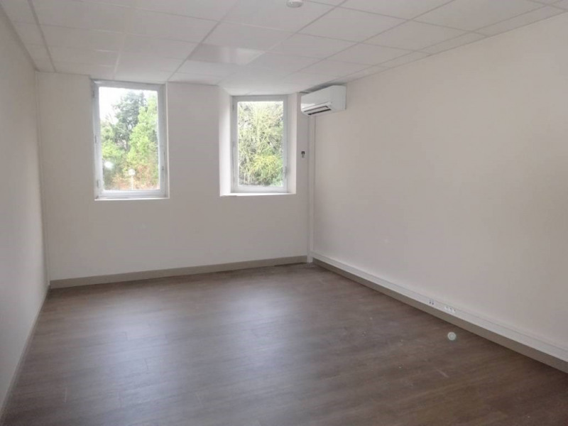 Location bureau Avignon 3 000€ CC - Photo 2